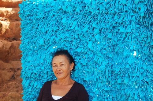 pelliza azul con dama al frente